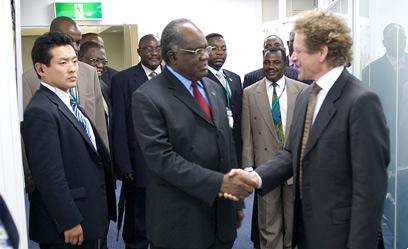 UNU rector Konrad Osterwalder welcomes Namibian president Hifikepunye Pohamba